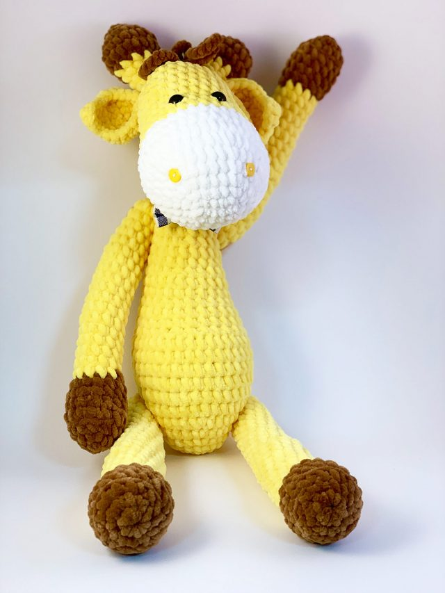 Yellow Giraffe Knitted Toy